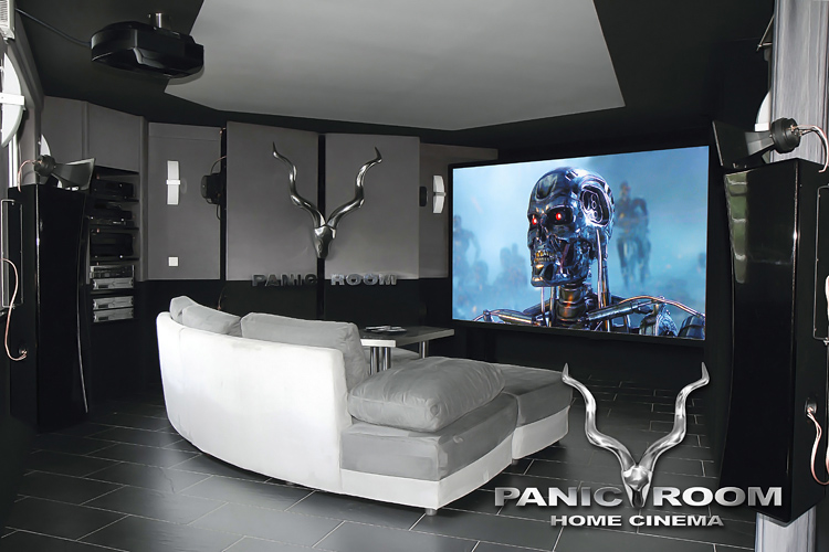 heimkino panic room. Black Bedroom Furniture Sets. Home Design Ideas